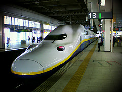 Ah, the king of the Japanese rail service: the bullet train. Photo: Miki Yoshihito, via Creative Commons, some restrictions.