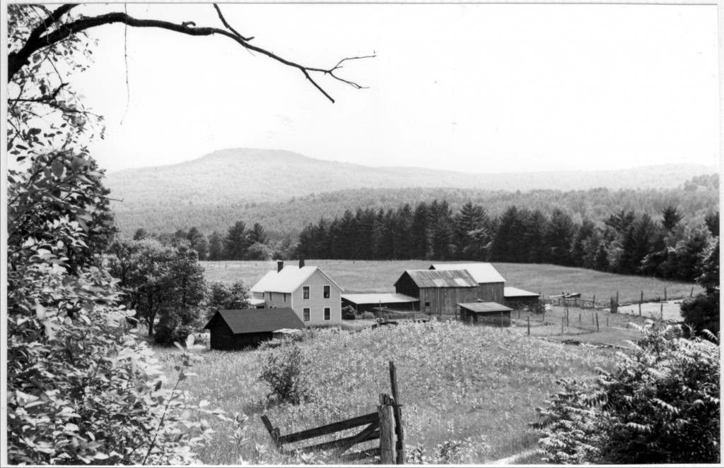 Harold Shippey's farm in 1933, when it was owned by the Dixon family. It's located in the Town of Bolton, on the Schroon River. Harold pointed out that this was well before the Northway was built on the other side of the valley.
