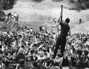 Pete Seeger at Newport Folk Festival in the '60s. (Photo via Wikipedia, no licensing.)