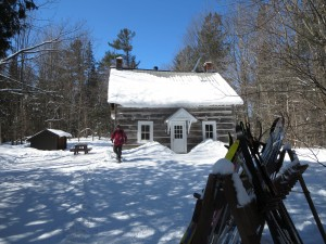 Herridge Cabin, one of many rustic shelters scattered among ski and snowshoe trails in Gatineau Park. Photo: Lucy Martin