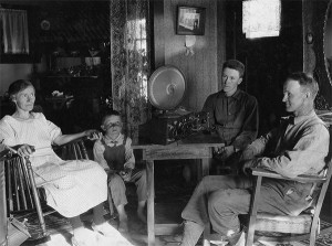 "Oregon family ""watching"" the radio in 1925. Photo: US Dept. of Agriculture"