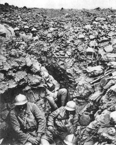 French 87th Regiment, Verdun, 1916. Photo via Wikipedia, public domain.