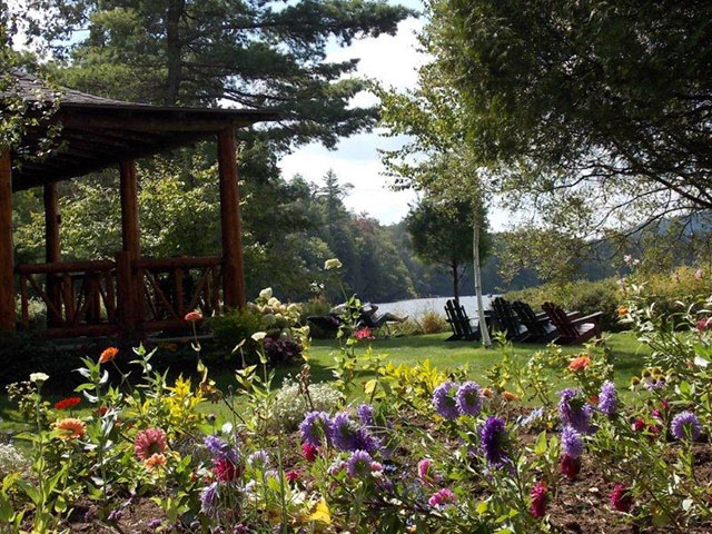 Garden at The Hedges, Blue Mountain Lake. Photo: Jim and Virginia Jennings