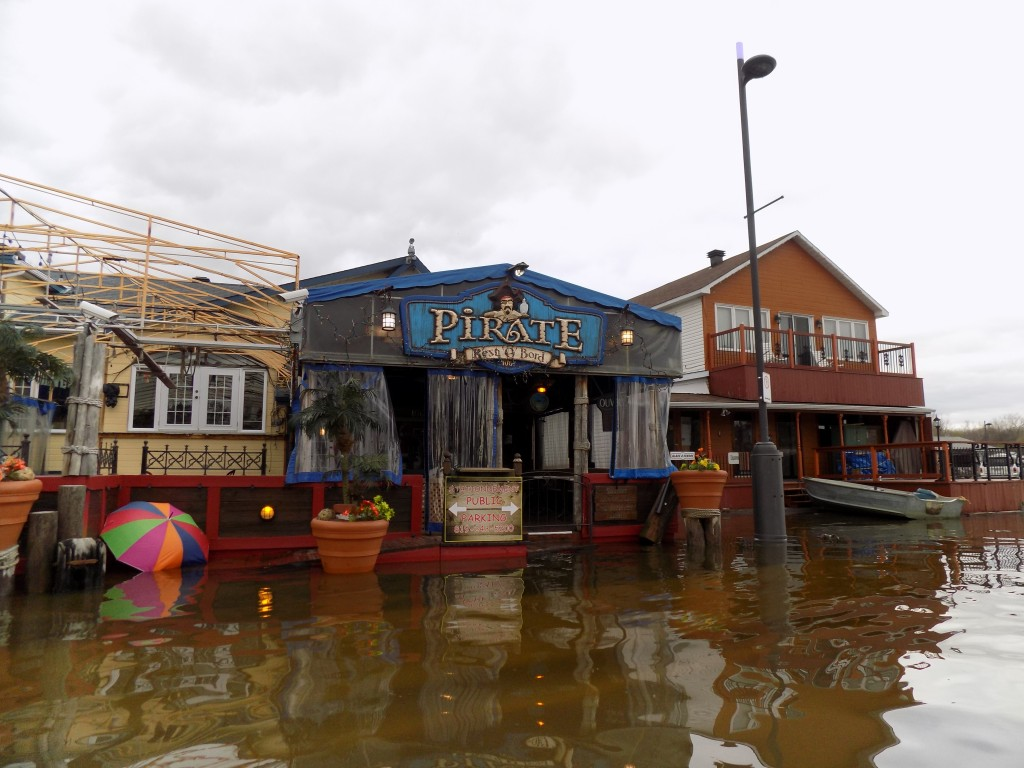 The flood staged a mutiny over the Pirate Bar on Jacques Cartier Street, fronting the Ottawa River.  Photo: James Morgan