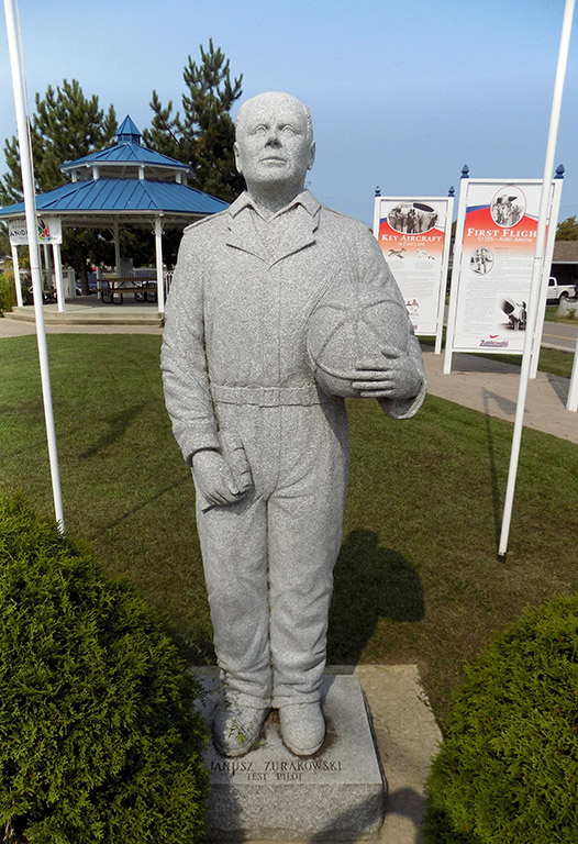 Statue of Avro Arrow test pilot Janusz Zurakowski. Photo: James Morgan