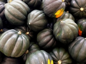 Properly stored, acorn squash can last 5-8 months. Photo: Christopher Sessums, Creative Commons, some rights reserved