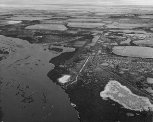 Prudhoe Bay oil fields in 1971. Photo: USFWS