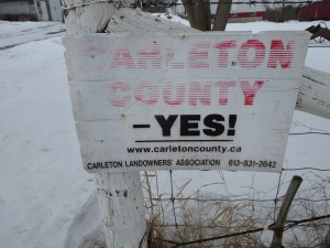 "Like this ""Carleton Country Yes"" sign, rural hopes to break from greater Ottawa are fading. Photo: Lucy Martin"