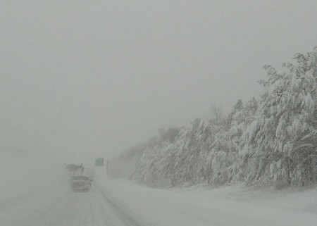 Whiteout on the highway. Photo: Ian Westcott, Creative Commons, some rights reserved