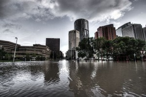 Looking downtown from Riverfront Ave in Calgary, during the Alberta floods 2013. Image: Ryan L. C. Quan credit