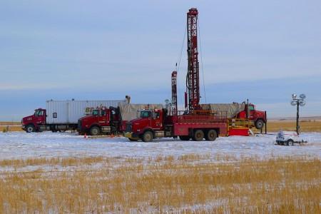 Bertram drilling's oil sands corings hard at work in the oil sands basin in Alberta. Image: Energold-company, Creative Commons